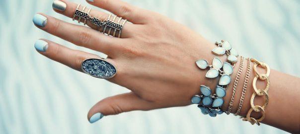 Pulseirismo: use seu mix de pulseiras sem moderação!