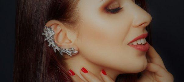 Ear cuff: o que é e como usar o brinco que pega a orelha toda?