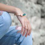 4 dicas antes de comprar as pulseiras da moda